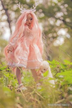 What a lovely pic! She is minifee celine fairyland