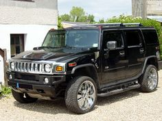 Hummer H2....I can sooo see Jaden driving this when he's 16