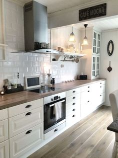 Corner Cabinetry - CLICK THE PIC for Lots of Kitchen Ideas. #kitchencabinets #kitchens
