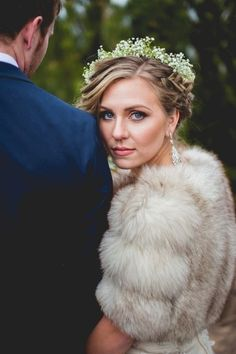 Winter Wedding Styled Shoot | Blackbird Photography and Design | Reverie Gallery Wedding Blog