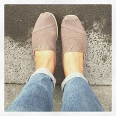 """""""Grey on grey day... #rainy #moody #weather #grey #toms #shoes #shoeporn #shoesoftheday #casual #fashion #relax"""""""