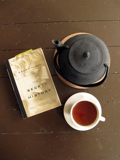 The Secret History by Donna Tartt Tea Varieties, Tea Cafe, Tea Benefits, The Secret History, My Tea, Tea Ceremony, Tea Recipes, Simple Pleasures, Coffee Time