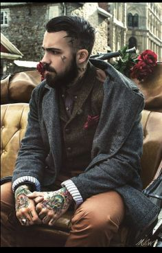 A tattooed, bearded man with serious style? Yessss