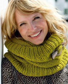 Billedresultat for strikkeopskrifter pind Tartan, Plaid, Knitting Help, Warm Outfits, Drops Design, Cardigans, Sweaters, Mittens, Knitting Patterns