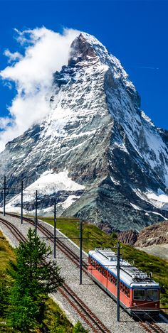 The Gornergrat railway is the second highest railway in Europe and provides spectacular views of the Matterhorn and the surrounding area #Switzerland