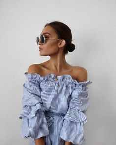 Summer Style - Off the shoulder top- yes or no? Look Fashion, Womens Fashion, Fashion Trends, Latest Fashion, Spring Summer Fashion, Autumn Fashion, Looks Style, My Style, Mode Shoes