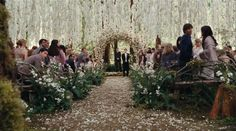 Twilight fan or not... If I have an outdoor wedding I want it to look like this!! :)