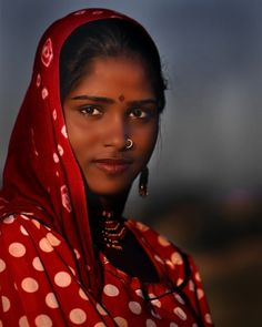 Young Gypsy Woman in India [Zuckerman]