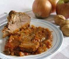 Beef stew with apples and onions La Cadrega – Meat Foods Ideas Oriental, Fish And Meat, Cabbage Rolls, Seitan, Rice Dishes, Superfoods, Meat Recipes, Stew, Slow Cooker