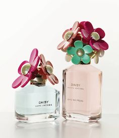 So fun! Daisy Delight by Marc Jacobs