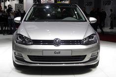 Стройный Volkswagen Golf VII