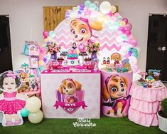 Painel Redondo 40 Inspirações Imperdíveis Tendência para festa em 2019 Paw Patrol Theme Party, Paw Patrol Birthday Girl, Dog Birthday, 1 Year Old Birthday Party, Girl Birthday Themes, Puppy Party, Baby Party, Sky Paw Patrol, Barbie Theme Party