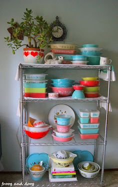 vintage colors of the rainbow pyrex dishes!