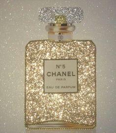 Xo Chanel Wall Art, Chanel Decor, Chanel Art, Chanel Makeup, Coco Chanel, Chanel Wallpapers, Pretty Wallpapers, Chanel Stickers, Parfum Chanel