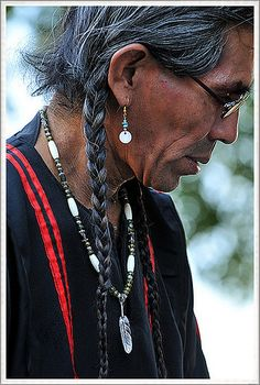 S H O S H O N E. Native American, via Flickr.