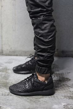 NIKE, ROSHE RUN METRIC: so out of stock, all the time. but those 600 dollar leather zanerobe pants are still available...