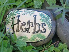 Roc de jardin peint marqueur de l'herbe Pierre par MyPaintedSwan
