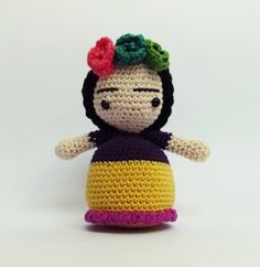 FRIDA KAHLO my own creation /mi propia creacion love this pattern #crochet #amigurumi #frida #punto bajo