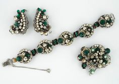 "1940s Early ""Robert"" Vintage Green Clear Rhinestones Faux Baroque Pearls Set 