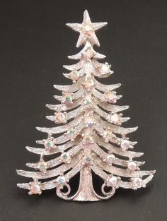 Lovely Silver Christmas Tree Pin...♥