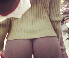 27 Women Proving Yoga Pants Are The Best