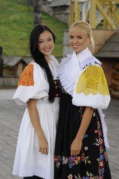 Podpoľanie, Slovakia Ukraine, Folk Costume, Costumes, People Of The World, Product Launch, Bohemian, Saree, Portrait, Dancers