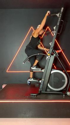 Gym Workout Videos, Workout Rooms, Gym Workouts, Best Gym Equipment, Home Workout Equipment, Equinox Gym, Dream Gym, Power Tower, Home Gym Design