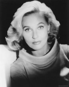 Actress Lola Allbright ~ ~ she starred along with Janet Leigh in the original PSYCHO movie Classic Hollywood, Old Hollywood, Hollywood Glamour, Lola Albright, Sally Ann, Cinema, Old Movie Stars, Movie Photo, Women In History