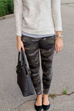 Grey camo pants with grey sweater outfit ideas in 2019 Grey Camo Pants, Camo Leggings Outfit, Grey Sweater Outfit, Camo Outfits, Sweater Outfits, Casual Outfits, Camo Skinnies, Camo Skinny Pants, Work Outfits