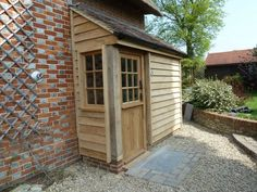 painted woudl be nice and door in middle - no side window -porch extension… Porch Uk, Side Porch, House With Porch, House Front, Porch Gazebo, Cottage Front Doors, Cottage Porch, Entrada Frontal, Porch Extension