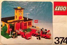 LEGO 374 Firestation's building instructions