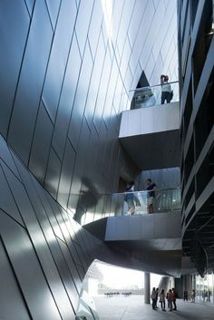 10-morphosis-architecst-emerson-college-los-angeles-opens-in-the-heart-of-hollywood