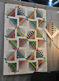 Amazing quilt at Gen Q booth | by Lindsay Sews {@CraftBuds}