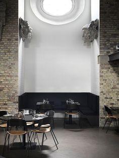 TDC: Pair Chair   a collaboration between Frtiz Hansen and Benjamin Hubert