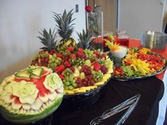 Fruit trays and veggies trays that not only taste good ... they feed the eyes first!