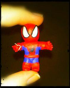 Spiderman! de arcilla polimérica, hecho a mano