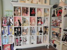 Silkyfever 's doll room.