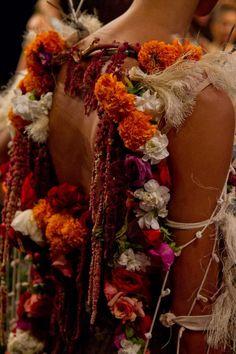 Flowers embellishment #Fashion  Project Runway Season 11 - Photo Nina Garcia