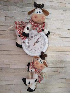 Bb, Clock, Home Decor, Jewelry Bracelets, Cuisine, Scrappy Quilts, Diy Artwork, Ideas, Chefs