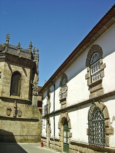 Casa dos Paivas ou da Roda - Braga - Portugal by Portuguese_eyes, via Flickr