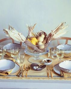 Thanksgiving table settings-  Good ole' Martha Stewart