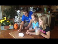 In this science experiment, kids use dry ice to make metal objects sing and dance. Dry Ice Experiments, Free Day, Halloween Activities, Scientists, Shake, Free Printables, Singing, Objects, Jar