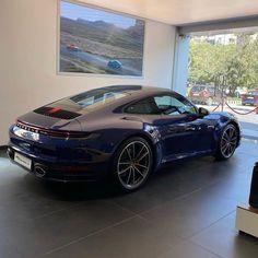 Porsche Sports Car, Porsche Cars, My Dream Car, Dream Cars, Workshop Architecture, Carrera S, Porsche Panamera Turbo, Garage Renovation, Garage Design