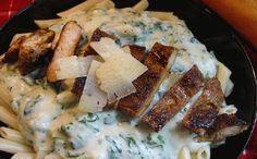 Pollo Picante con Pasta y Salsa de Espinacas