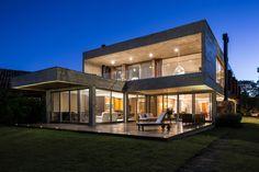 Rmk! Arquitetura Designs a Home on the Banks of the Arroio Pelotas River