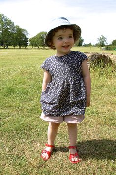 Floral tunic with free pattern