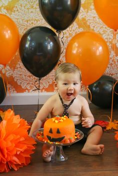Check out this adorable Halloween-themed Cake Smash! This cute and festive portrait features our Orange & White Damask Printed Backdrop! Photo courtesy of Photography. Halloween 1st Birthdays, Halloween First Birthday, Pumpkin 1st Birthdays, Fall Birthday, Baby First Birthday, 1st Birthday Parties, Halloween Party, Spooky Halloween, Halloween Backdrop