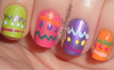 Kate Kreatez!: My SUPER DUPER LATE Easter Nail Art!! (Oops! :p)