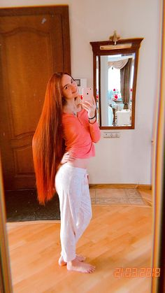 Beautiful Red Hair, Amazing Hair, Simply Beautiful, Long Red Hair, Very Long Hair, Long Hairstyles, Straight Hairstyles, Lady Godiva, Strawberry Blonde