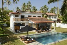 Stella Beach House - A private beach front luxury villa in Sri Lanka Village House Design, Kerala House Design, Village Houses, Cottage Design, Tiny House Design, Villas, Bali House, Dream Beach Houses, Kerala Houses